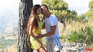 Outdoor sex with a brunette fucked by her cousin